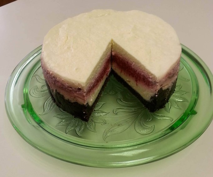 Instant Pot Raspberry Cheesecake with Chocolate Crust (THM S)