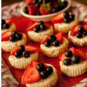 shortbread crusted mini cheesecakes